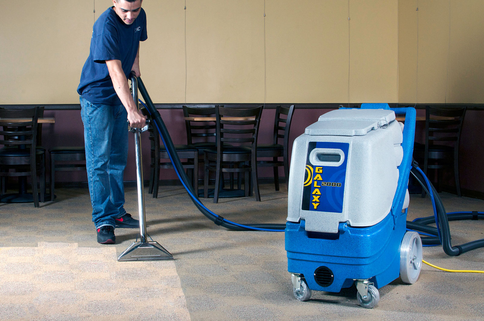 carpet and upholstery cleaning Chisiwck
